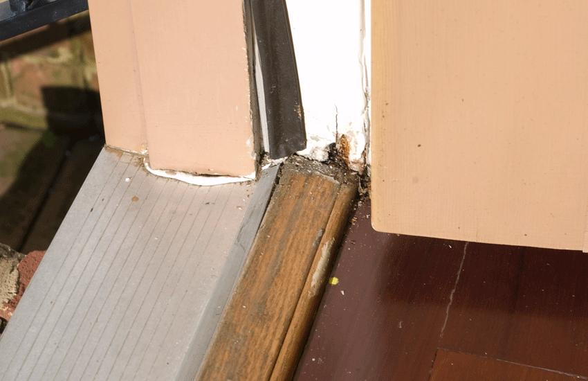Damaged door sill